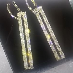 NEW Gorgeous geometric crystal gold drop earrings